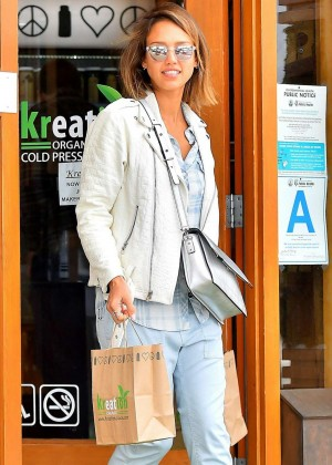 Jessica Alba - Shopping in Santa Monica