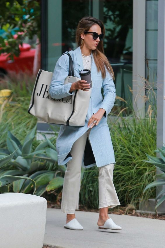 Jessica Alba – Spotted outside her office in Los Angeles-13