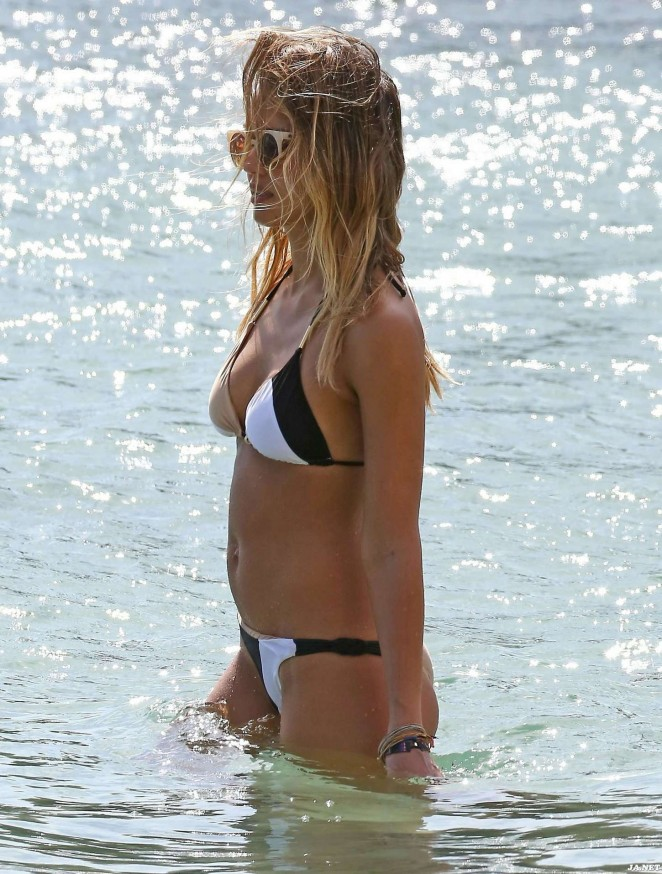 Jessica Alba in Bikini on the Beach in Cabo