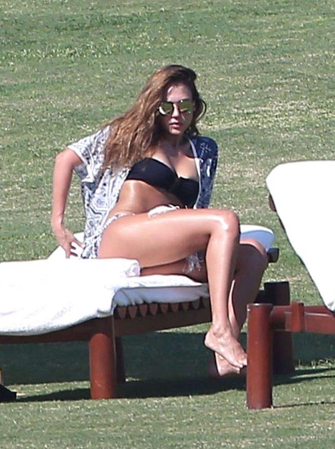 Jessica Alba - Wearing a Bikini in Mexico