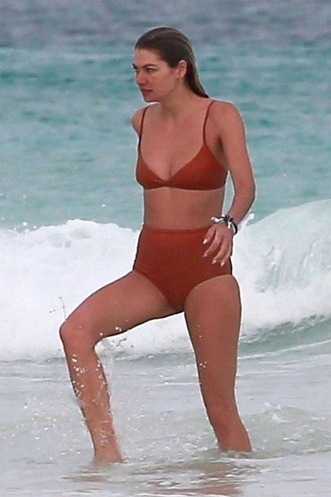 Jessica Hart 2018 : Jessica and Ashley Hart in Bikini 2018 -13