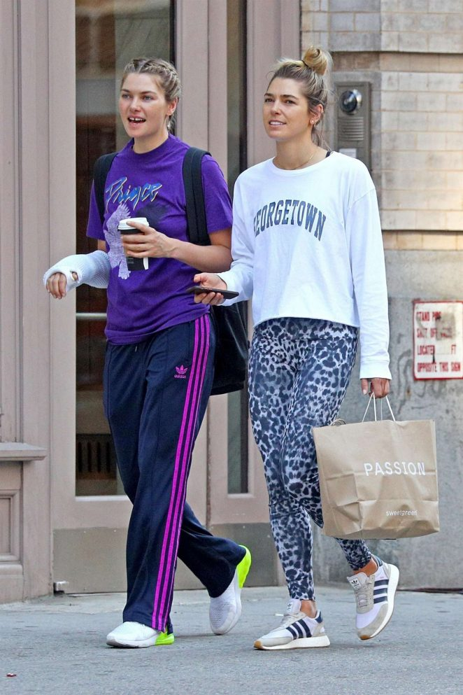 Jessica and Ashley Hart - Shopping in Soho