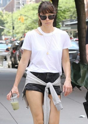 Jessica Biel in Shorts with Justin Timberlake go for a walk in Tribeca