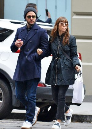Jessica Biel and Justin Timberlake - Shopping in New York