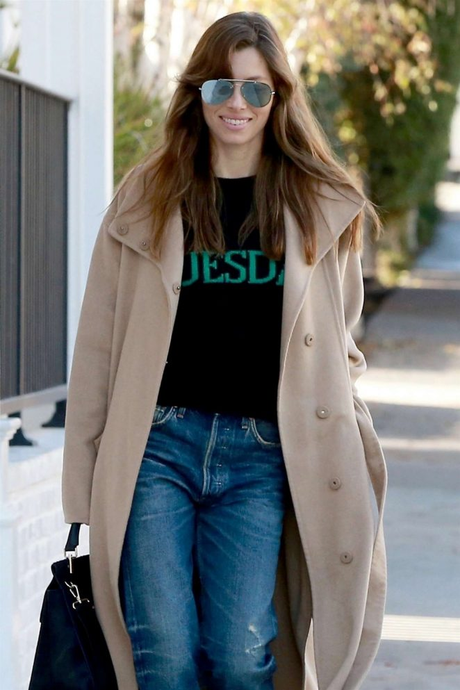 Jessica Biel - Arrives at Au Fudge Restaurant in LA