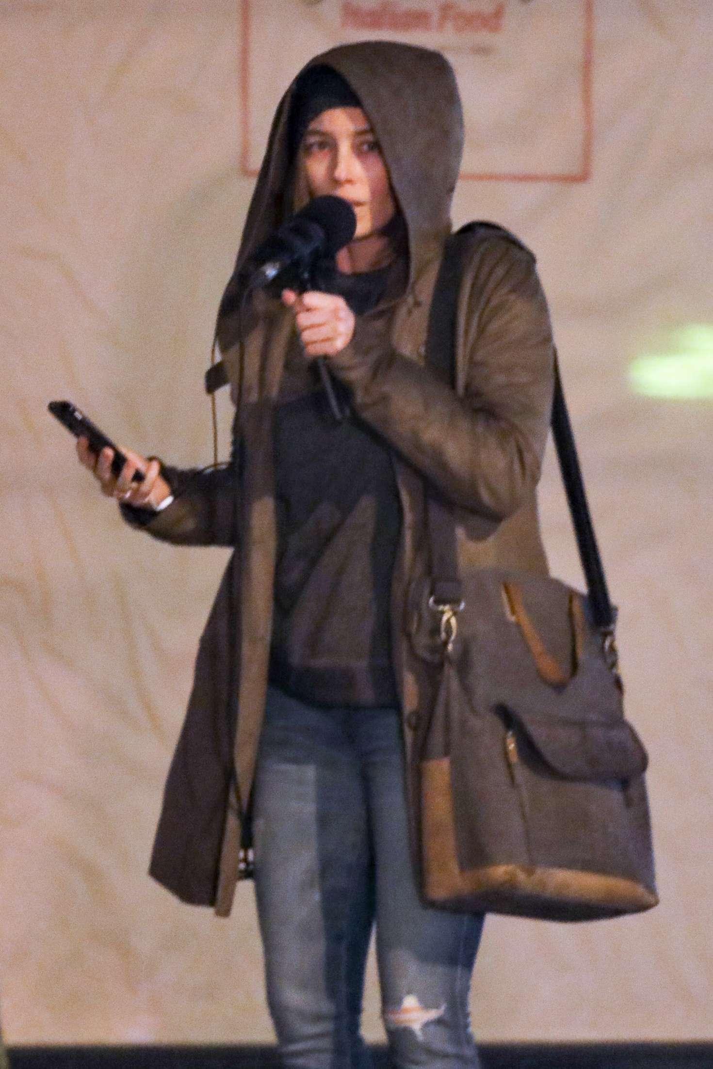 Jessica Biel - Films Scenes for new Facebook Watch series Limetown in Vancouver