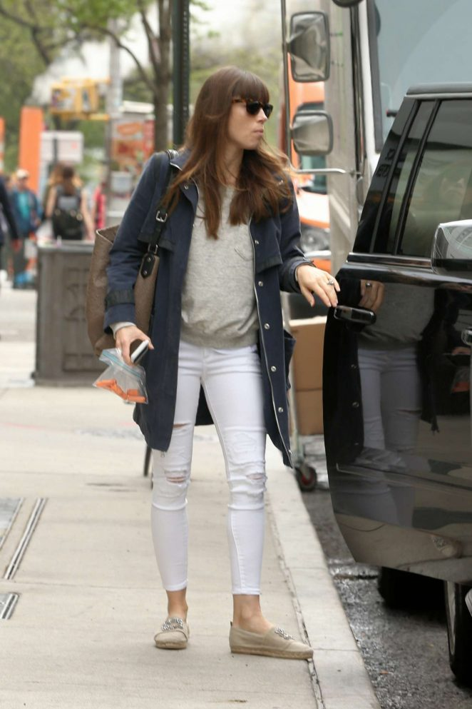 Jessica Biel heads to a meeting in New York City