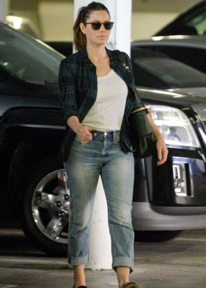 Jessica Biel in Jeans Out in Santa Monica