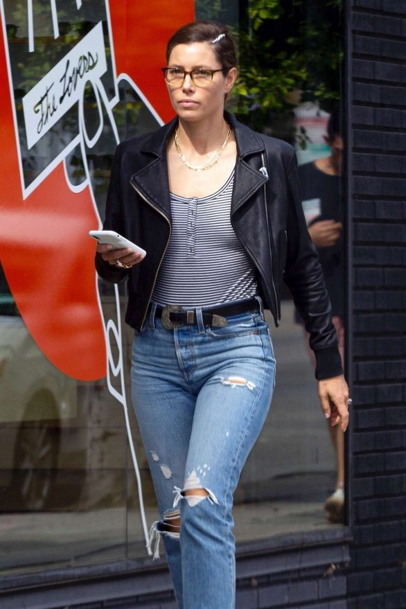 Jessica Biel in Ripped Jeans - Out in Los Angeles