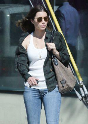 Jessica Biel in Tight Ripped Jeans out in Santa Monica