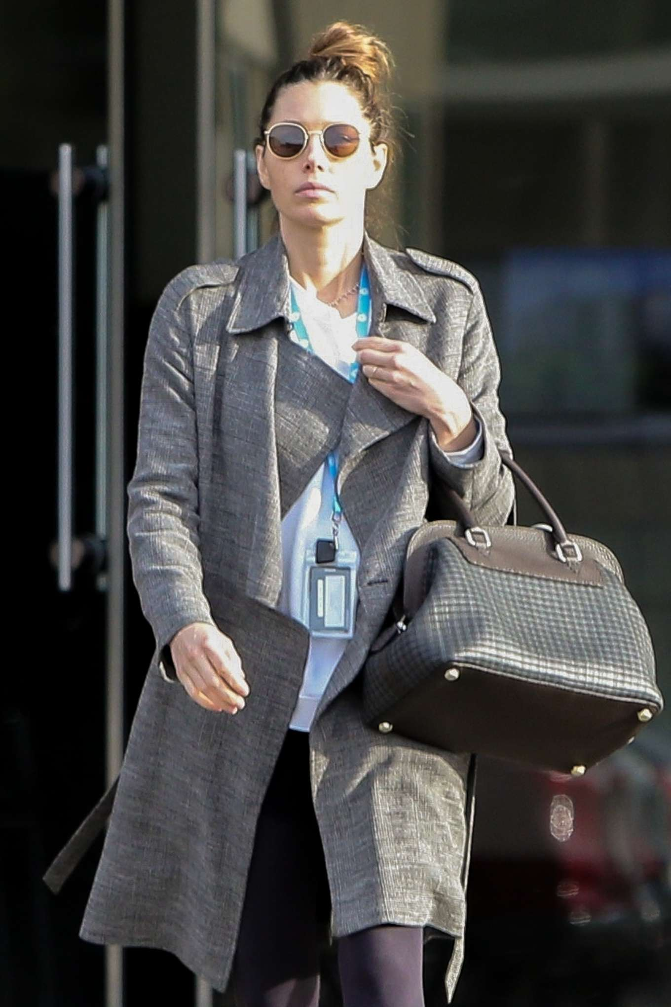 Jessica Biel - Leaves an office building in Los Angeles