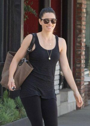 Jessica Biel - Leaving a pilates studio in Studio City