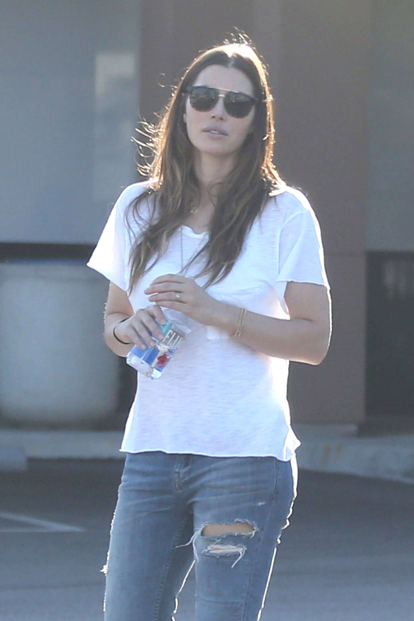Jessica Biel in Ripped Jeans Out in Woodland Hills