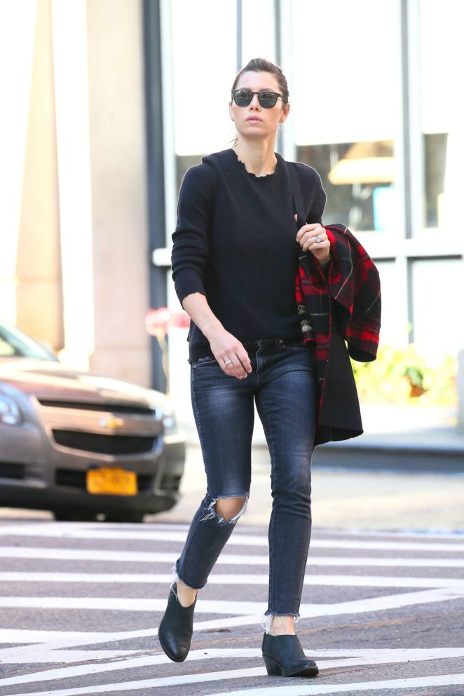 Jessica Biel out in Tribeca