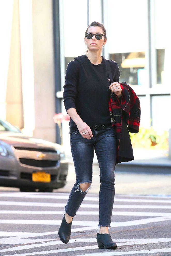 Jessica Biel out in Tribeca