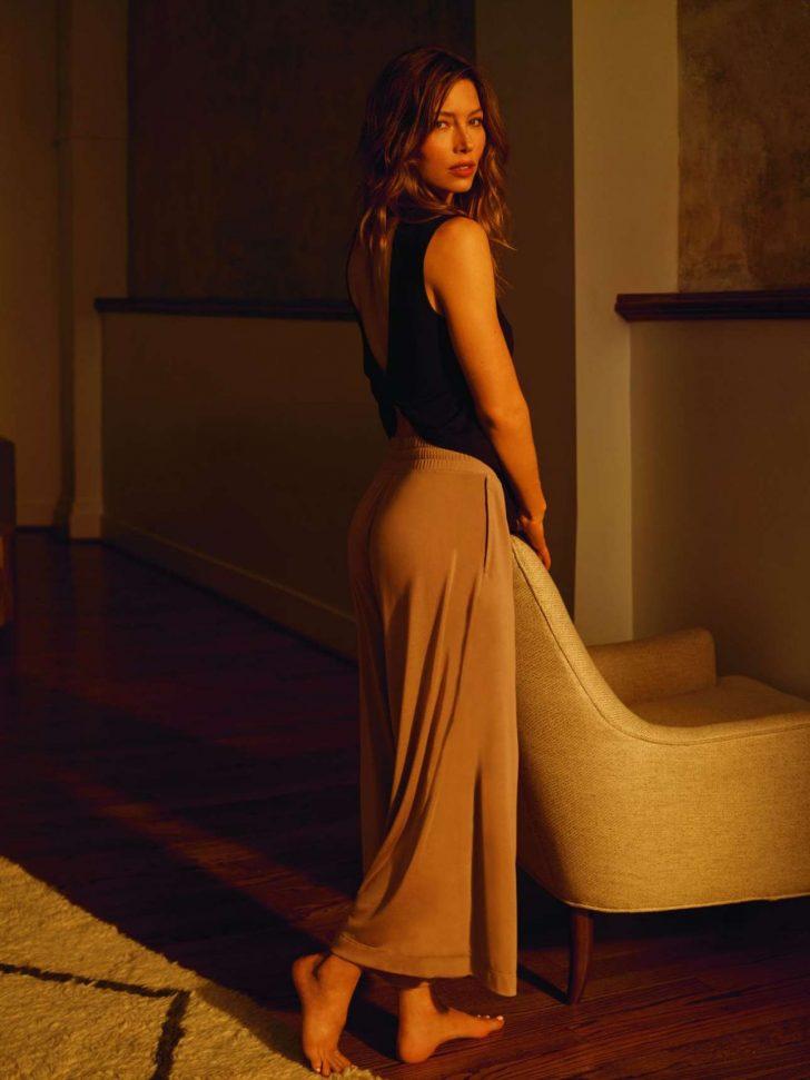 Jessica Biel – Posing for Gaiam Yoga Wear Collection