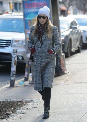 Jessica Biel - Shopping in Manhattan
