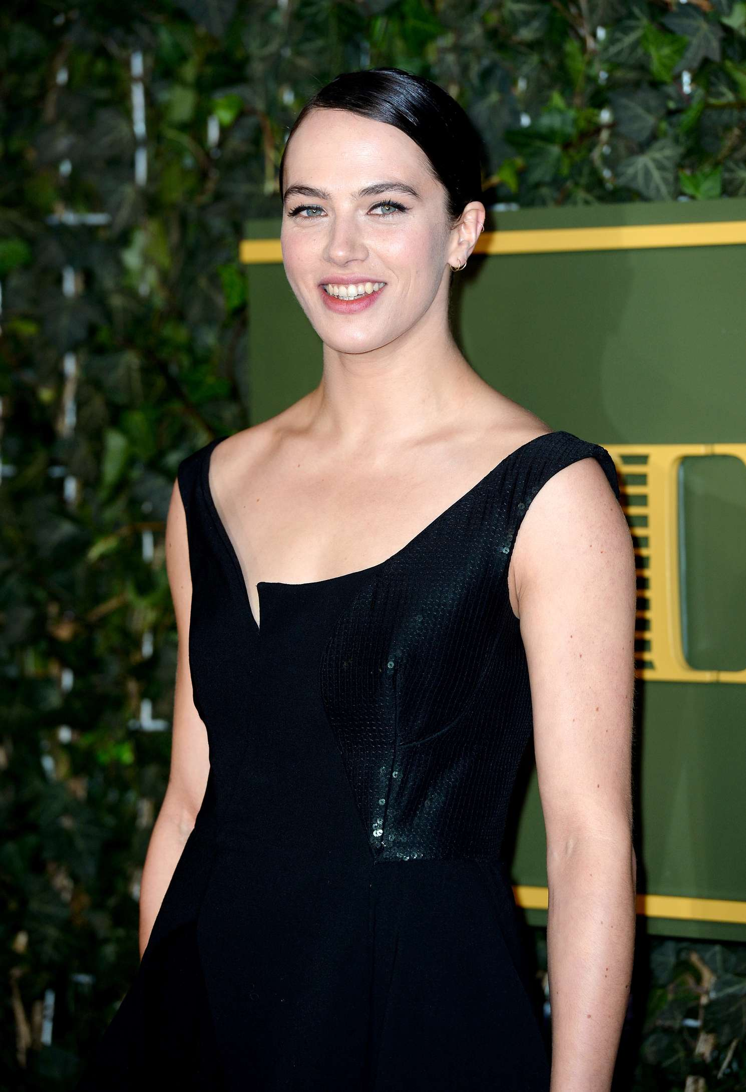 Jessica Brown Findlay 2015 : Jessica Brown Findlay: Evening Standard Theatre Awards 2015 -01