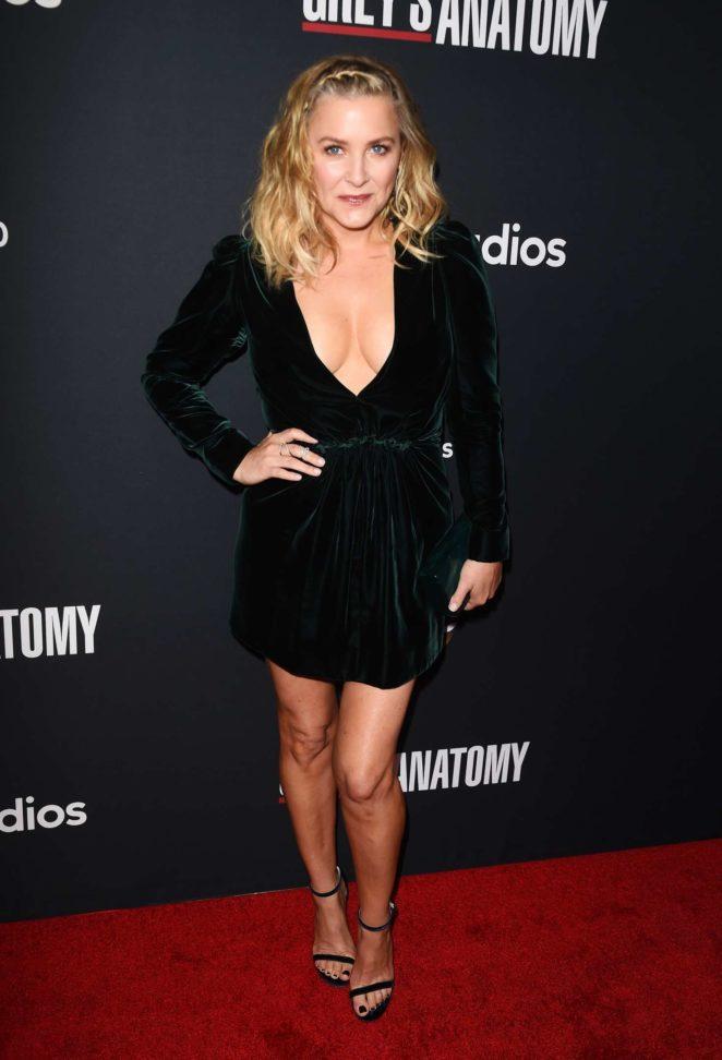 Jessica Capshaw: Greys Anatomy 300th Episode Celebration -15