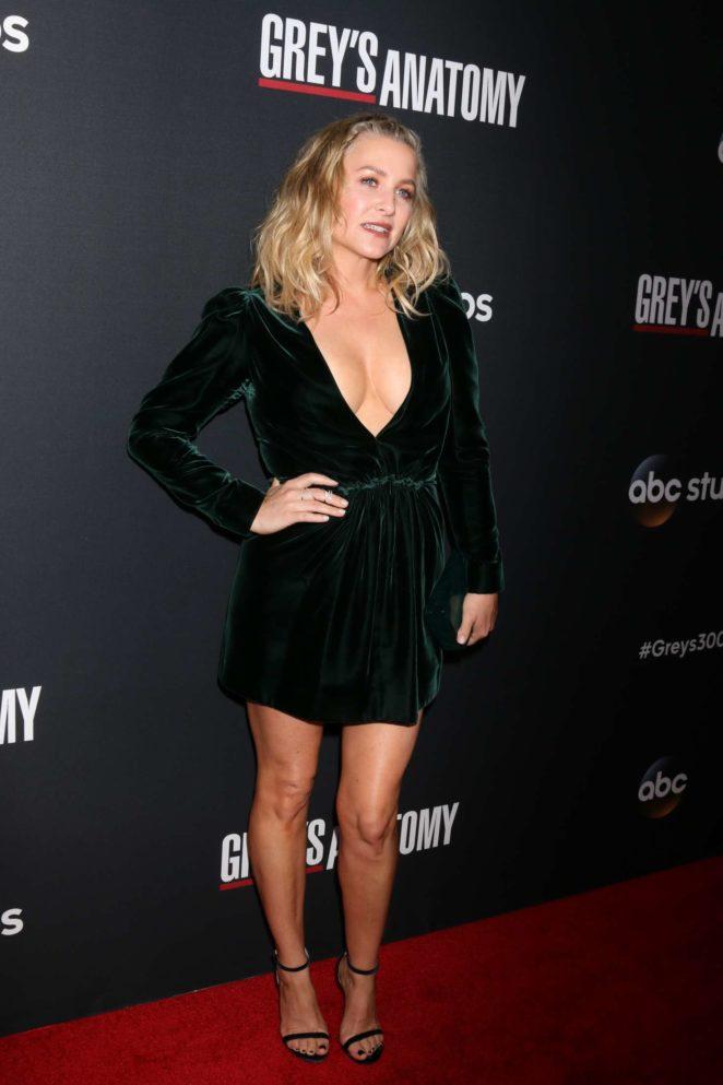 Jessica Capshaw: Greys Anatomy 300th Episode Celebration -17