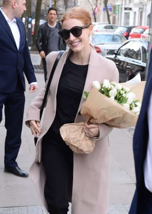 Jessica Chastain Arrives at her hotel in Warsaw
