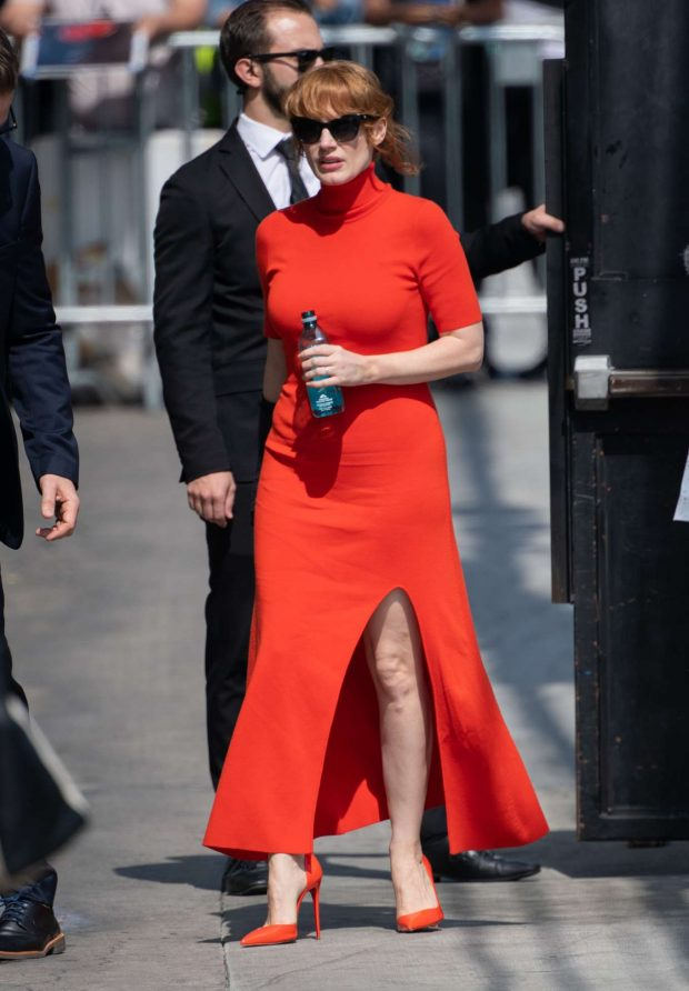 Jessica Chastain - Arrives at Jimmy Kimmel Live! in Los Angeles