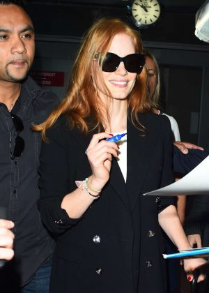 Jessica Chastain Arriving at Airport in Nice