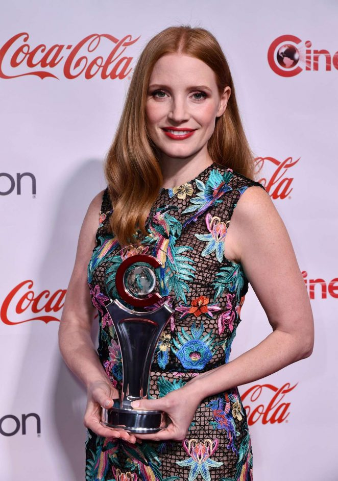 Jessica Chastain - Big Screen Achievement Awards at 2016 CinemaCon in Las Vegas
