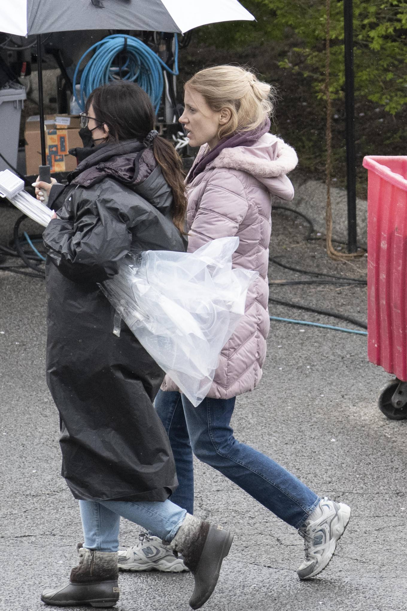 Jessica Chastain 2021 : Jessica Chastain – On rain the set of The Good Nurse in New York-03