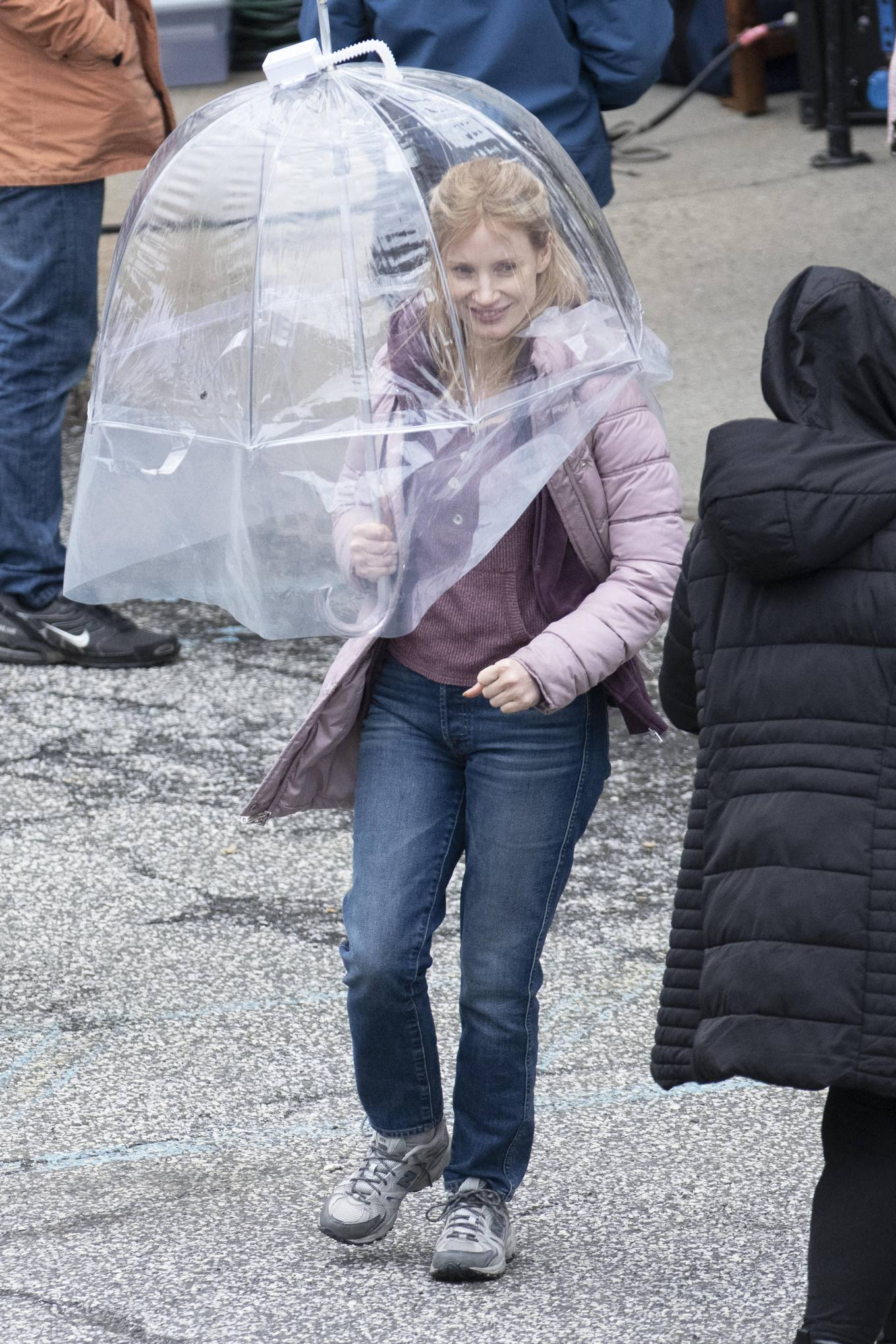 Jessica Chastain 2021 : Jessica Chastain – On rain the set of The Good Nurse in New York-07