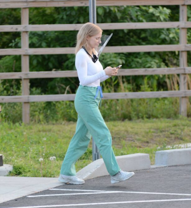 Jessica Chastain - on the set of 'The Good Nurse' filming in Stamford