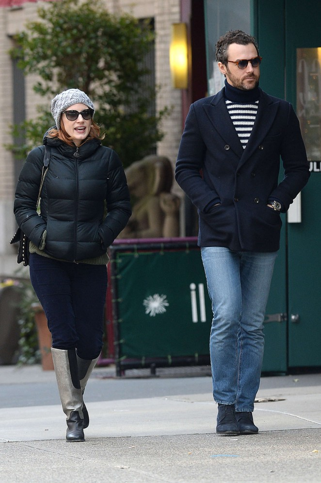 Jessica Chastain out in NYC -07