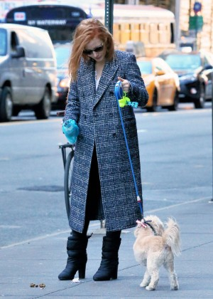 Jessica Chastain - Walking her Dog in NY