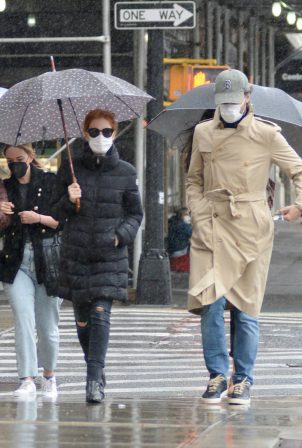 Jessica Chastain - With her husband Gian Luca Passi de Preposulo in New York