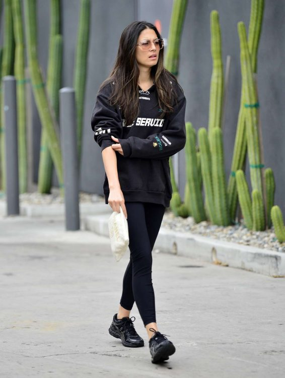 Jessica Gomes 2019 : Jessica Gomes – Leaving a morning gym session-02