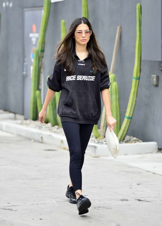 Jessica Gomes 2019 : Jessica Gomes – Leaving a morning gym session-03