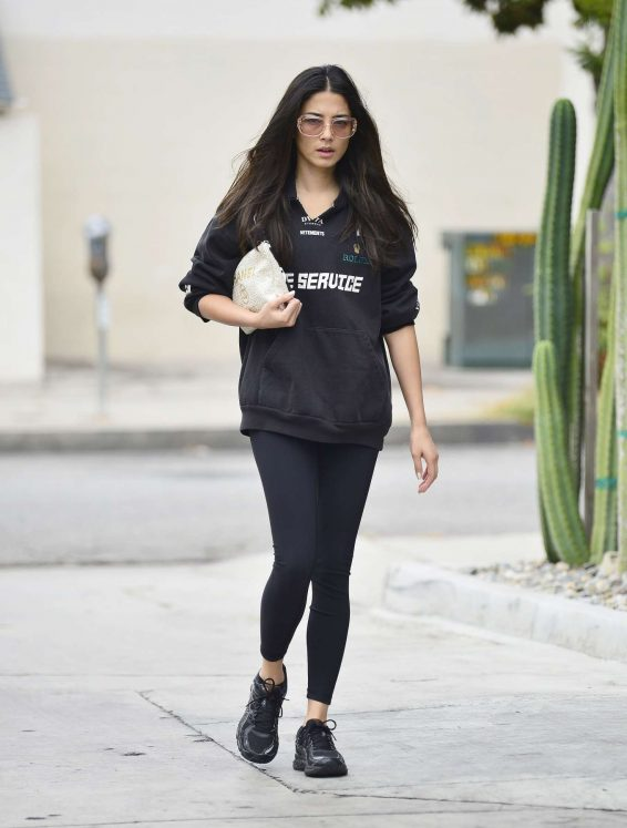 Jessica Gomes 2019 : Jessica Gomes – Leaving a morning gym session-04