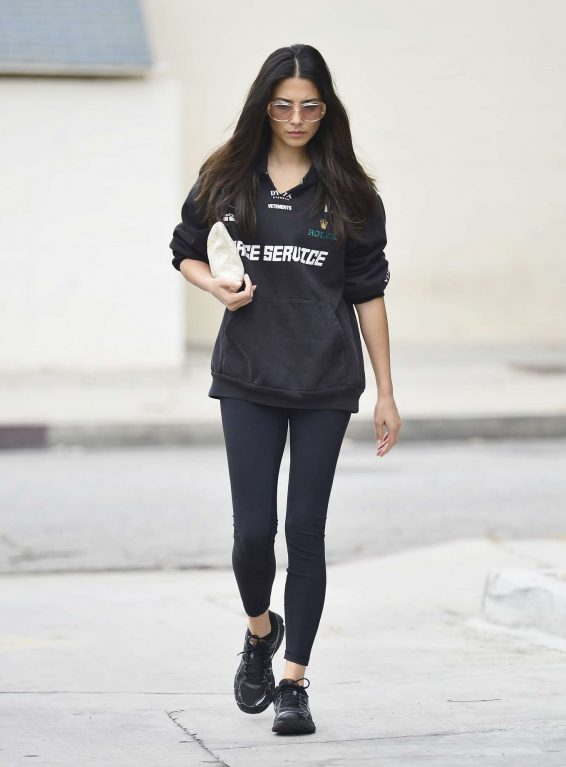 Jessica Gomes 2019 : Jessica Gomes – Leaving a morning gym session-10