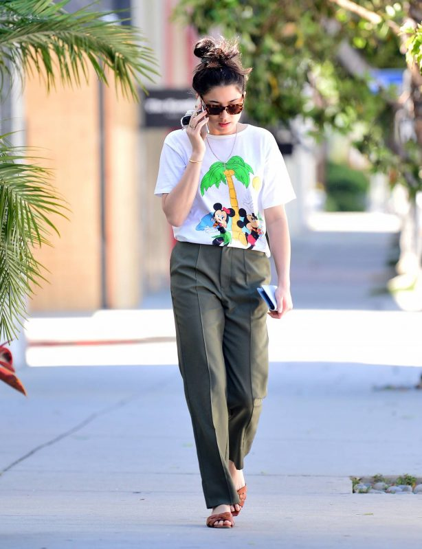Jessica Gomes - Out in Los Angeles