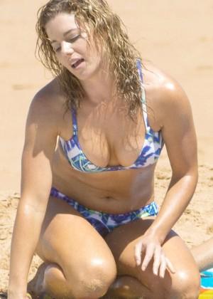 Jessica Grace Smith in Bikini on the beach in Australia