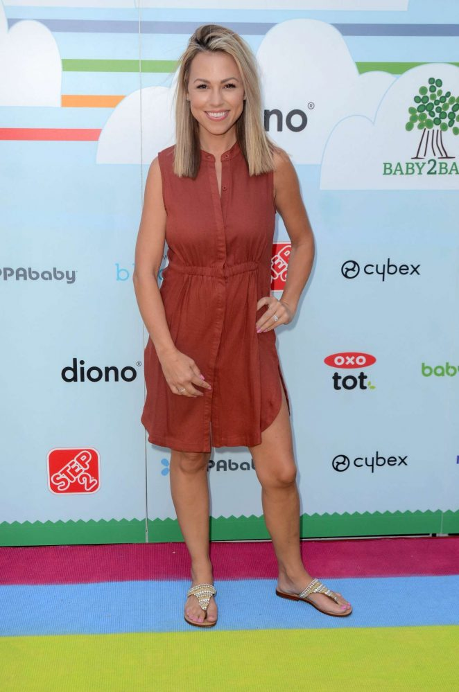 Jessica Hall – 2018 Celebrity Baby2Baby Benefit in Los Angeles