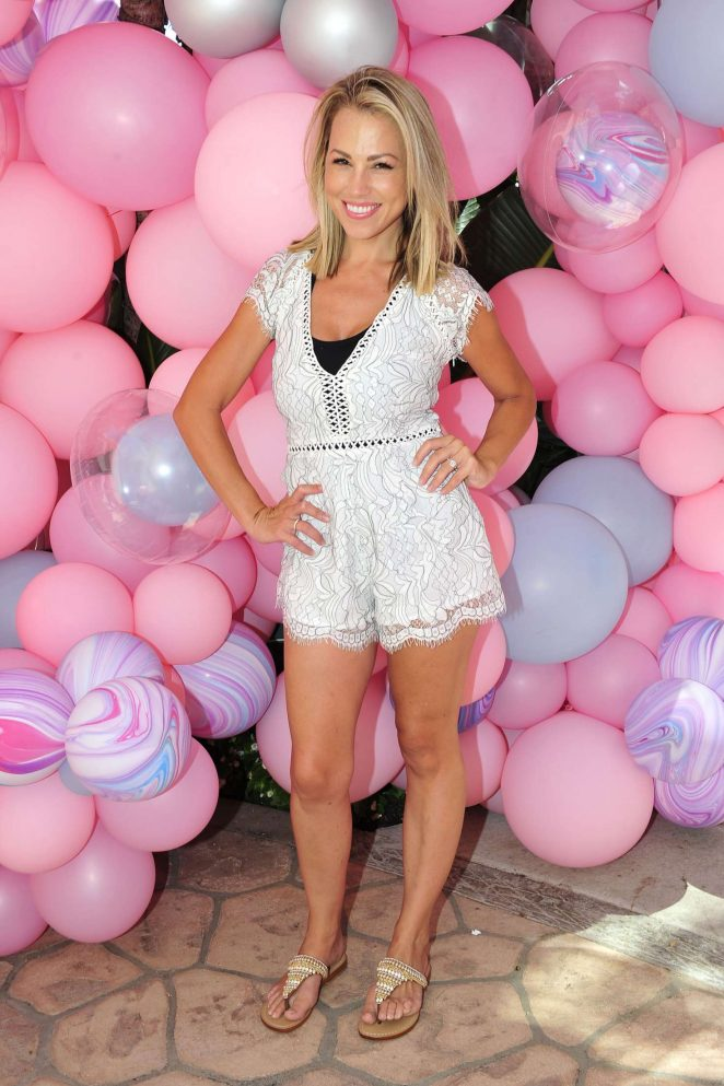 Jessica Hall – 'Petite n Pretty' Event in Beverly Hills