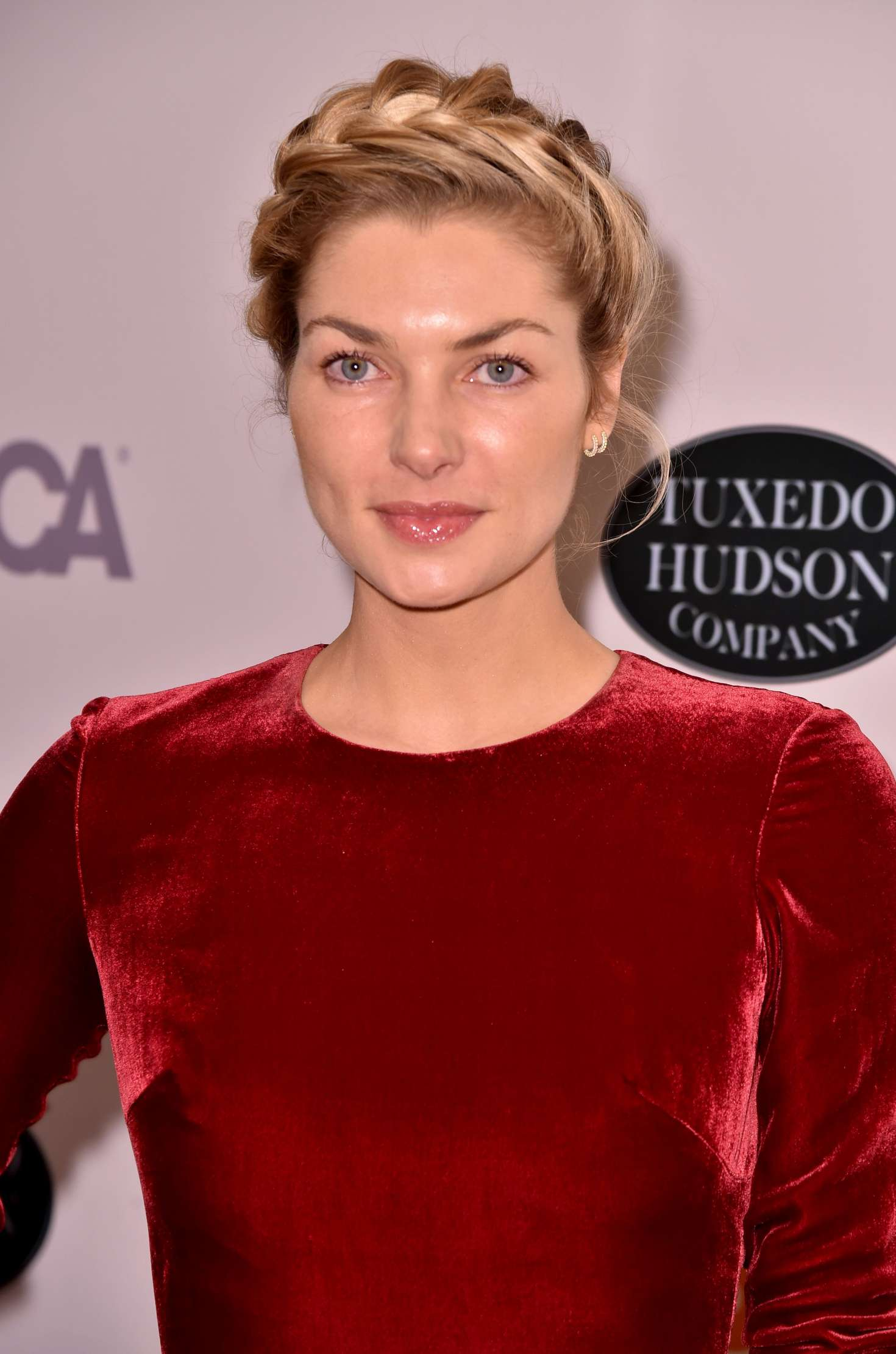 Jessica Hart - The ASPCA 20th Annual Bergh Ball in New York City