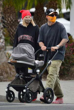 Jessica Hart - with newborn daughter at El Coyote Mexican restaurant in Los Angeles