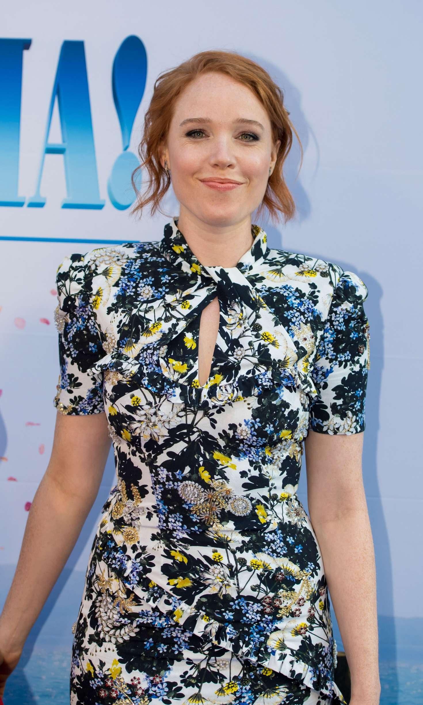 Jessica Keenan Wynn – 'Mamma Mia! Here We Go Again' Premiere in Amsterdam