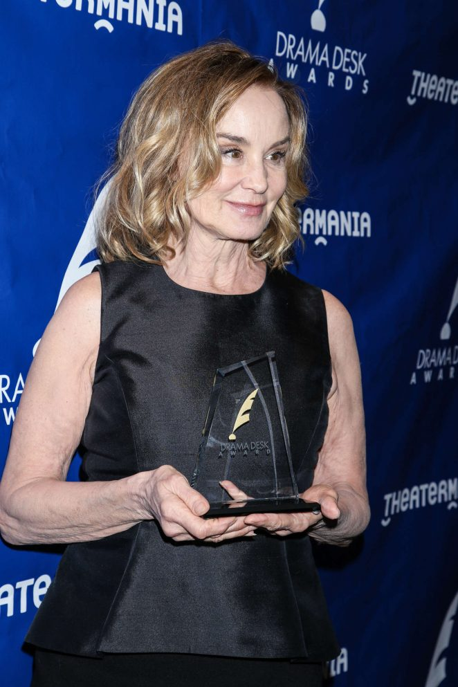 Jessica Lange: 2016 Drama Desk Awards -03