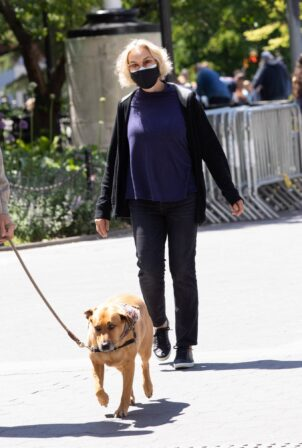Jessica Lange - Out for a walk in New York