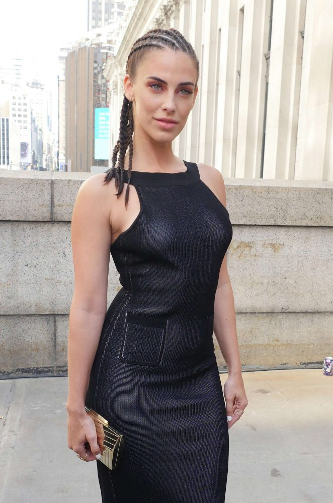 Jessica Lowndes - Cushnie Et Ochts Show at 2016 New York Fashion Week in NY