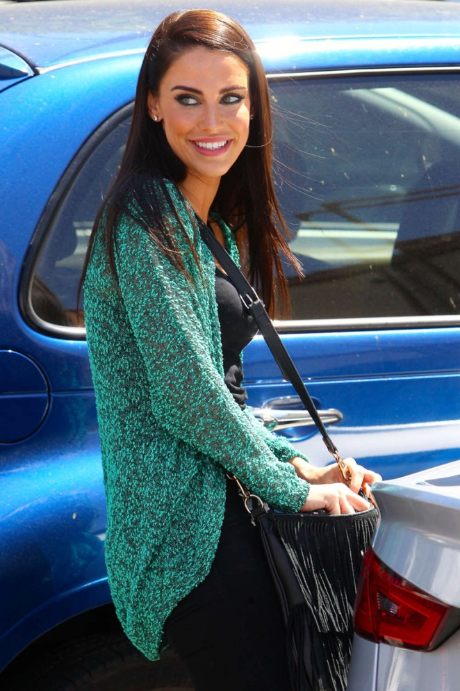 Jessica Lowndes Out getting Coffee -05