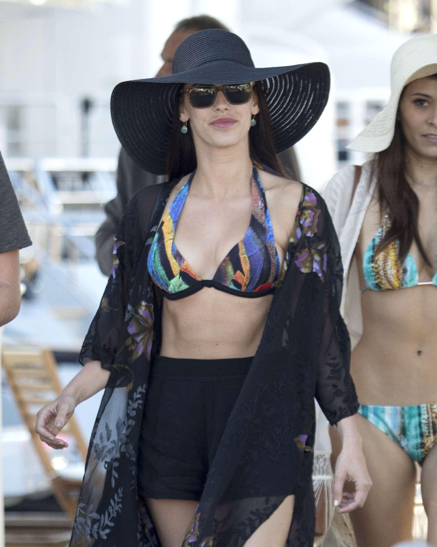 Jessica-Lowndes-in-Bikini-Top--02.jpg